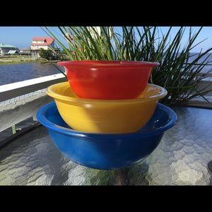 "Vintage Pyrex ""Primary"" Nesting Bowls"